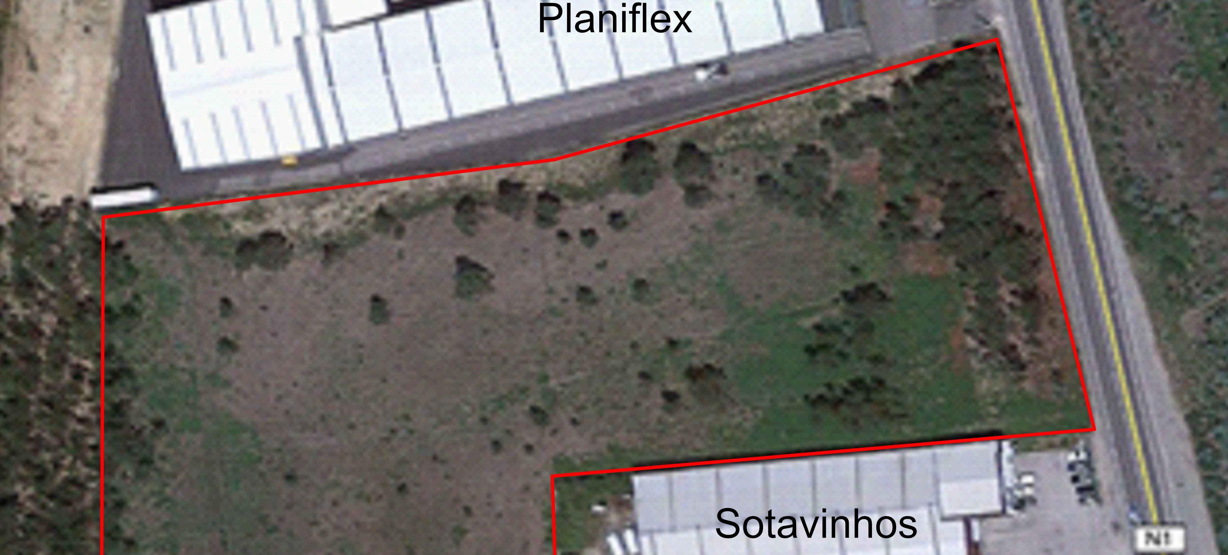 TERRENO LOCALIZADO NA ZONA INDUSTRIAL DE ALBERGARIA-A-VELHA COM  20750,00 m2